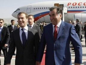 Президент Таджикистана не сможет принять участие в саммите СНГ из-за плотного графика
