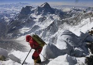 Непал ужесточает правила для покорителей Эвереста