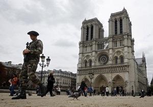 Угроза терактов: в Париж направили еще 60 солдат для охраны Нотр-Дам и Сакре-Кер