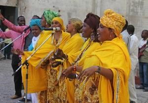В Национальном театре Сомали, недавно открытом после 20 лет войны, прогремел взрыв