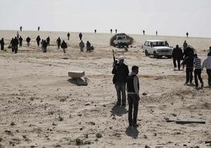 Ливийские повстанцы захватили КПП на границе с Тунисом