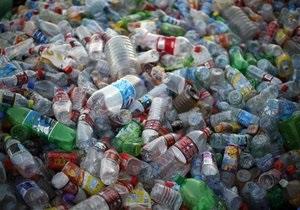 Корреспондент: Пластиковая мина. Украина превращается в гигантскую свалку пластиковых бутылок и полиэтилена