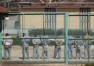 Во время бунта в тюрьме в США охрана ранила семерых заключенных