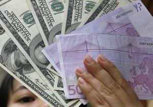 Торги на межбанке проходят в диапазоне 8,14-8,15 гривны за доллар