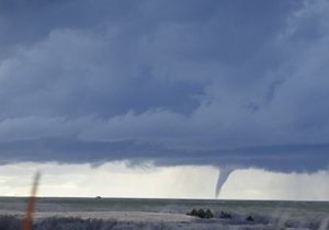 На американский штат Арканзас обрушился торнадо: погибли три человека
