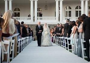 В США с помпой отпраздновали свадьбу дочери Билла и Хиллари Клинтон