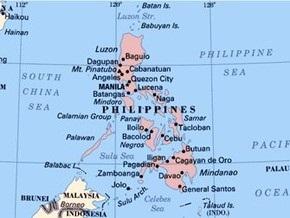 На Филиппинах произошел взрыв рядом с собором: пять человек погибли