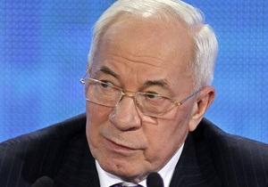Азаров подтвердил низкий уровень информированности киевлян о снегопадах
