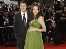Питт и Джоли пожертвовали детям Ирака миллион долларов