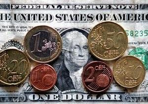 Евро и доллар на межбанке продолжили рост