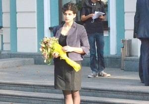 Студентка, ударившая Табачника, рассказала, кто ей помогал