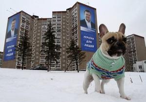 Янукович: Тимошенко зря пытается подражать  сильной руке  Путина