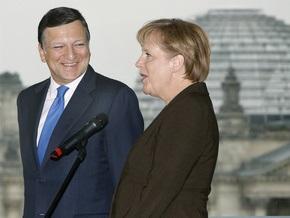 Саркози и Меркель хотят, чтобы Баррозу и дальше оставался на посту главы Еврокомиссии