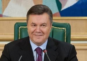 Янукович вспомнил о популистской идее Тимошенко возвращать людям вклады Сбербанка СССР