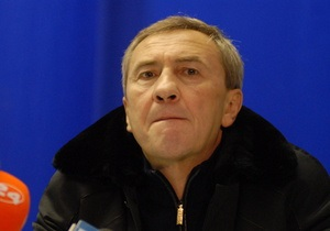 Черновецкий призывает киевлян сообщать о сосульках на крышах зданий