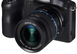 Samsung представила первый в мире фотоаппарат с модулем LTE