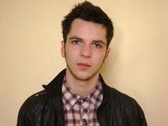 В Харькове уволили милиционеров, которые избили студента и воспользовались его банковской карточкой