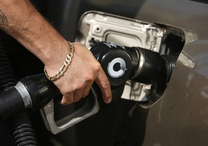Корреспондент: Украинский импортер топлива сэкономил на налогах более трех миллиардов гривен