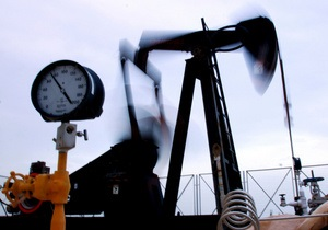 Азаров прогнозирует рост добычи нефти в Украине