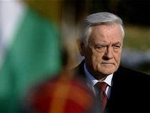 Президент Литвы Валдас Адамкус выписан из больницы