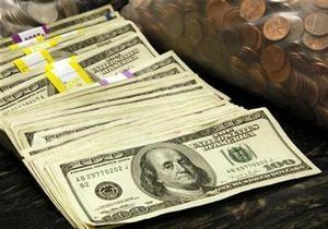 Курс доллара на межбанке упал ниже восьми гривен