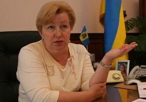 Ульянченко заподозрила Табачника в попытках создать в стране языковую проблему
