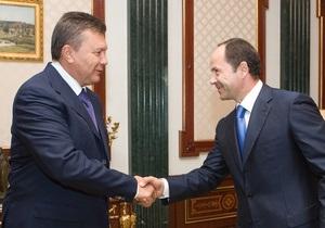 Янукович поручил Тигипко не допустить повышения цен на хлеб