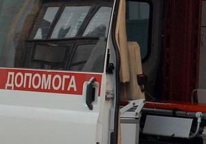 В Тернополе троллейбус задавил мужчину, который толкал застрявшую маршрутку