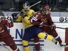 Хоккей: Сборная России проиграла шведам