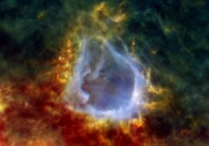 Телескоп Herschel обнаружил в Млечном пути гигантскую протозвезду