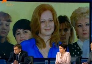 Новости Одессы - телемост - Президент Украины Виктор Янукович - СМИ: Вопрос о детсадах Януковичу задавала директор дошкольного учебного заведения