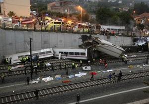 Число жертв крушения поезда в Испании выросло до 60 человек