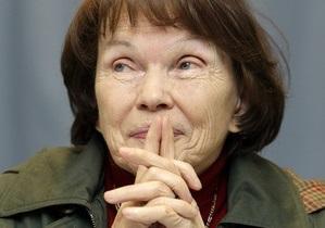 В Париже умерла бывшая первая леди Франции
