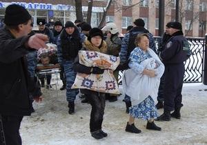 Ахметов выделил 1 млн грн на помощь пострадавшим в результате взрыва в Луганске