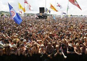 На Гластонбери фанатам могут запретить приносить флаги