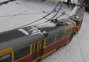 В Киеве приостановлена работа станции скоростного трамвая