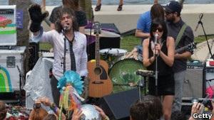Группа Flaming Lips побила рекорд по числу шоу за сутки