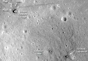 Зонд NASA сфотографировал следы американских миссий к Луне