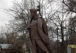 Семиноженко: Власти не будут препятствовать сооружению памятника Сталину в Запорожье