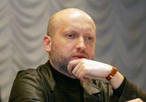 Турчинов назвал акции протеста предпринимателей последней баррикадой против налоговой петли