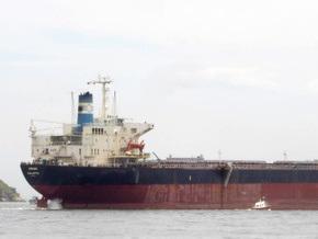 Пираты угрожают затопить судно Ariana вместе с экипажем