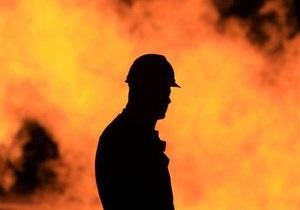 Масштабный пожар в киевских гаражах: сгорели шесть автомобилей