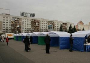 Батьківщина: Перед ЦИК открыли продуктовую ярмарку, чтобы скрыть голодающих активистов