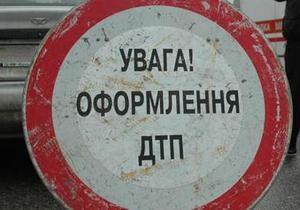 В результате столкновения трех авто в Киеве погибли двое человек