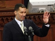 Впервые в истории губернатором Нью-Йорка стал темнокожий