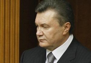 Янукович вылетел в Краков для участия в похоронах Качиньского