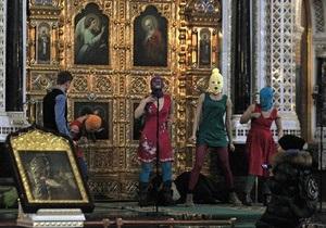 РПЦ запретила известному церковному историку общаться со СМИ из-за Pussy Riot