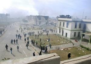 Письмо в редакцию: находящиеся в Ливии украинцы просят о помощи
