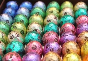 Власти Брюсселя спрятали в парках города полмиллиона шоколадных яиц