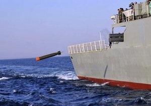 Иран провел успешные испытания новой торпеды и ракеты